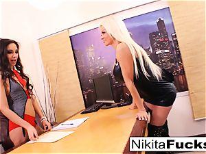 Nikita's lezzie office nail