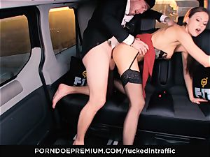 porked IN TRAFFIC - Footjob and car lovemaking with Tina Kay