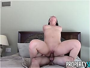 sugary Aidra Fox pokes her horny client