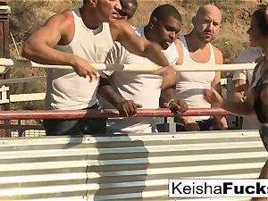 scorching babe Keisha is prepared for her gangbang