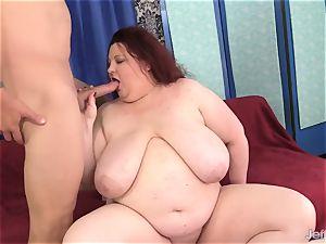 fat jugged fatty Stazi deep throats and fucks