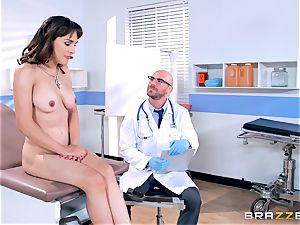 Cytherea is left splattering as she visits the medic