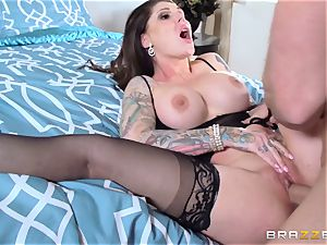 Darling Danika pays her crazy neighbor a visiti