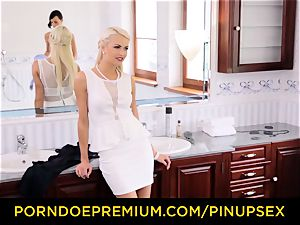 PINUP orgy - all girl love with glamorous Czech stunners