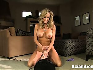 Brandi love rails the sybian bare