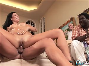 wifey Zoey Holloway Cheats, hubby observes