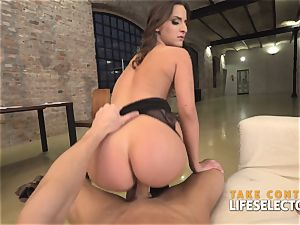 Amirah Adara - mind-blowing Glasses (point of view)