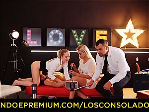 LOS CONSOLADORES - perfect blondies sixty-nine in gang hump