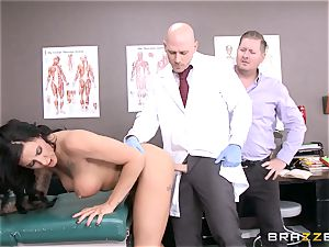 Austin Lynn ravages the physician in front of her man