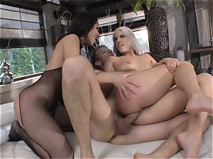 Blanche Bradburry and Samia Duarte bang-out frolicking with Rocco Siffredi