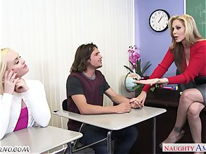 Mature huge-boobed educator educates its youthfull college girls