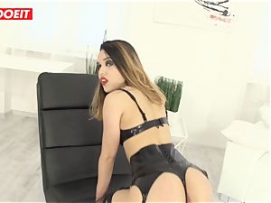 super-sexy Latina gets hard-core anal hump from enormous salami guy