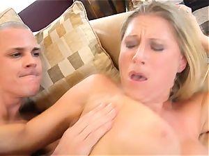 Devon Lee honey getting mans spooge split in her mouth