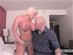 meaty tit towheaded Alura Jenson plowing a nervous customer