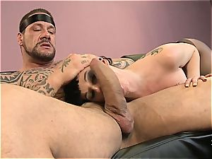 steaming black-haired Brenda Boop gapes her tight booty for firm beef whistle