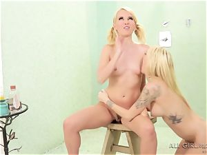 2 naughty lesbos Jana Jordan and Aaliyah love shower hump