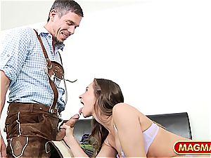 Lederhosen Mick picking up yankee honey