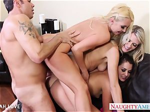 killer Aaliyah love pounding in 4 way