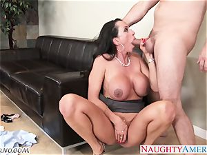 Ariella Ferrera - fuck me or I'll tell your wifey everything about you