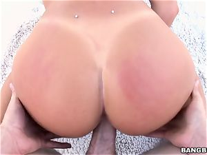 August Ames taking a massive manmeat in her messy gash