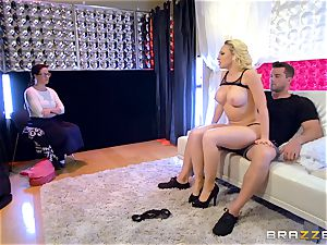 sugary lapdancer Kagney Linn Karter gets some giant manmeat
