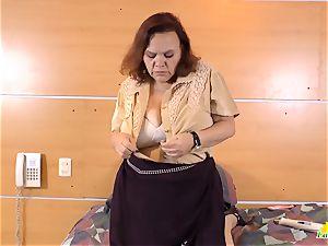 LatinChili molten big-titted grandma Solos Compilation