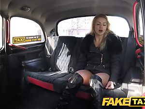 faux taxi Just a cover no underwear ravage