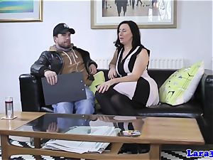glamour mummy pounded by male escort